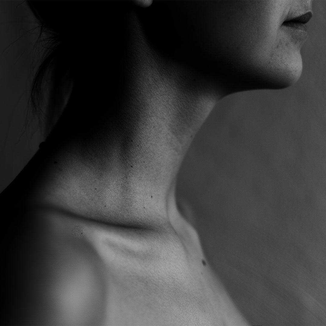 Hals von Frau